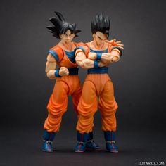 Tamashii Nations S.H.Figuarts Ultimate Son Gohan / Son Goku