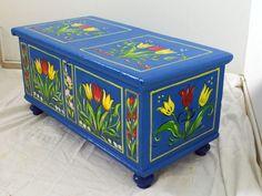tulipános láda Painted Boxes, Hand Painted Furniture, Box Art, Hope Chest, Mid-century Modern, Decoupage, Folk, Decorative Boxes, Woodworking