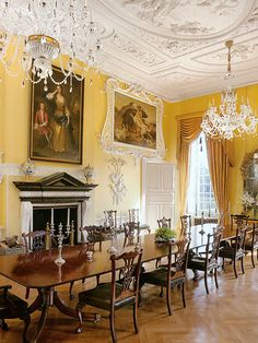 Easton Neston with Architectural Digest Henrietta Spencer-Churchill, Georgian Style, Georgian Houses, Regency Dining Furniture Architectural Digest, Georgian Furniture, Regency Furniture, White Furniture, Dining Furniture, Georgian Interiors, Georgian Homes, Elegant Dining Room, Dining Room Design