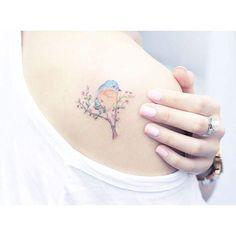 15+délicats+tatouages+qui+semblent+luire+de+délicatesse.