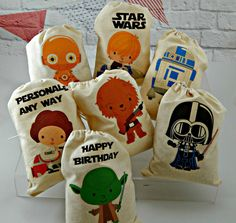 More than 40 of the coolest Star Wars birthday party ideas for your little Padawan - Star Wars Girls Ideas of Star Wars Girls - Star Wars favor bags- ez iron-ons on plain white draw string bags. Birthday Favors, 3rd Birthday Parties, Boy Birthday, Birthday Recipes, Birthday Nails, Regalos Star Wars, Aniversario Star Wars, Shower Bebe, Baby Shower