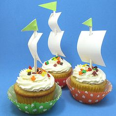 Mayflower cupcake toppers for Thanksgiving