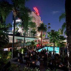Roosevelt Hollywood hotel (Los Angeles). A Hollywood hotel? Definitely! Discover why...