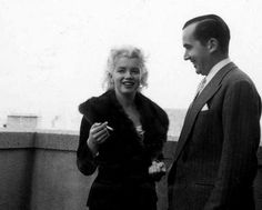 Marilyn with broadcast journalist Edward R. Murrow during discussions at the Ambassador Hotel regarding Marilyn's forthcoming Person to Person interview, April 1, 1955. Photo by Milton Greene.