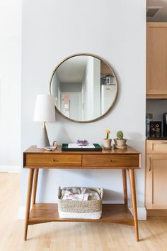 Spotted: The mid-century console from west elm Interior Design Ideas Brooklyn Luna Grey Park Slope Mid Century Console, Mid Century Furniture, Mid Century Desk, Retro Home Decor, Cheap Home Decor, Home Living, Living Room Decor, Living Rooms, Living Area