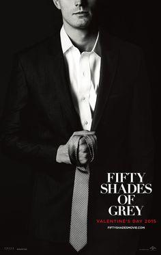 Jamie Dornan hält als Christian Grey den Knebel bereit auf neuem Fifty Shades of…