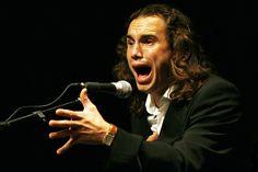 El cantor antequerano Luis Perdiguero