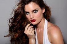 #makeup #smokyeyes #redlips #beauty #makeupartist #makeupSchool #fashion #trends Model Delfina Morbelli (dotto models) Ph Ines Garcia Baltar