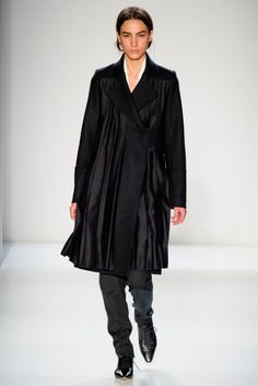 #VictoriaBeckham #FW/2014-15 #Catwalk #trends #baggy #MBFWNY #NewYork #in
