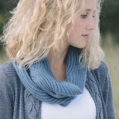 Eddy by Elizabeth Doherty. Brioche knitting. 2 sizes, one shorter and one longer for wearing as an infinity/moebius.