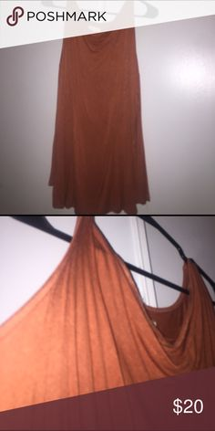 Urban Outfitters silence and noise cold shoulder silence and noise burnt orange cold shoulder top in size medium from urban outfitters. worn a few times but EUC. great for spring and fall! OPEN TO OFFERS Urban Outfitters Tops Tees - Long Sleeve
