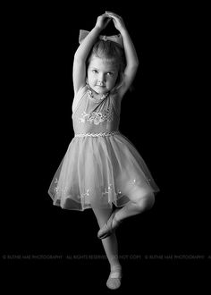 BALLETlove | LATEST trends | little girls and BALLET | DANCE | BALLET-BARRE | young BALLERINA | trendyEXERCISES | balletworkout  | pinned by http://www.cupkes.com/