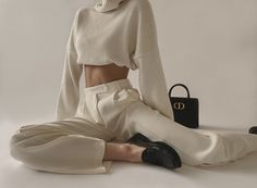 White Trousers, Linen Trousers, Linen Shorts, Christina Cole, St Honoré, Pop Clothing, Cropped White Shirt, Chunky Cardigan, Oversized Blazer
