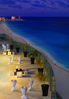 A wedding reception with a 360-degree view of the Cancun skyline, only at Beach Palace. #DestinationWedding #BeachWedding #AllInclusive