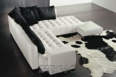 Rio Grande Italian Designer Sectional Sofa with Right Facing Chaise by Polaris