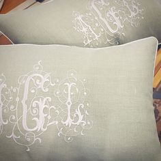 Sometime the simplest details make the most beautiful statement. Oh, and @amygray100 - your pillows are ready  #love @bobbinsdesign #monograms #lettersonlinen