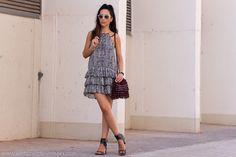 Vestido de Volantes y sandalias Isabel Marant | With Or Without Shoes - Blog Moda Valencia Tendencias