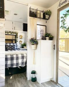 Nice 15 Camper Remodel Ideas & DIYS For some individuals, a camping trailer can be an extremely expensive investment. Here, the trailer is really a getaway. A travel trailer can give tho. Diy Camping, Camping Must Haves, Camping Places, Camping Gear, Lakeside Camping, Camping Kitchen, Camping Glamping, Camping Recipes, Camping Outdoors