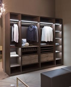 Ideas Closet Modernos Ideas Closet Modernos Mujer closetGlorious Closet Design to Make Your Life LuxuryClosets are one of the fixtures in your house that you seldom give thought about as you go on Wooden Wardrobe, Wardrobe Design Bedroom, Bedroom Furniture Design, Bedroom Wardrobe, Wardrobe Closet, Interior Design Living Room, Wardrobe Storage, Wardrobe Door Designs, Closet Designs