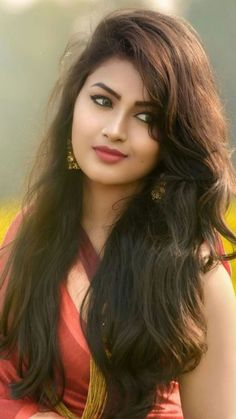 Indian beautiful teenage girls beautiful and sexy images and sexy thigh legs pictures and sexy novel pictures and cute pictures . Hair And Beauty, Beauty Full Girl, Cute Beauty, Beauty Women, Beautiful Bollywood Actress, Most Beautiful Indian Actress, Beautiful Actresses, India Beauty, Asian Beauty
