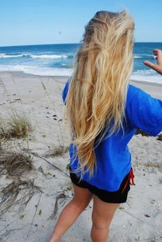 Long Beachy Blonde - Hairstyles and Beauty Tips
