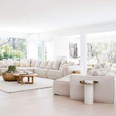 Living Room Goals, Living Room Decor, Living Rooms, Three Birds Renovations, Modern Home Interior Design, Beach House Decor, Home Decor, Beach Houses, Living Room Designs