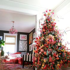 Bohemian Color Splash Christmas Tree From simplistic to extravagant, to chic and eccentric—you can be sure one of these Christmas tree themes will fit your personality. Christmas Pom Pom, Merry Little Christmas, Green Christmas, Christmas Colors, Vintage Christmas, Christmas Holidays, Holiday Fun, Holiday Decor, Colorful Christmas Tree