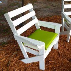 31 DIY Pallet Chair Ideas | Pallet Furniture Plans