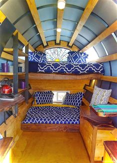 Cool 85 Awesome Tiny House Interior Ideas https://roomaniac.com/85-awesome-tiny-house-interior-ideas/