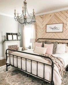 🌿DECOR INSPIRATION🌿 Cozy cottage farmhouse bedroom with a striking accent wall! Don't you agree? Photo Courtesy of: Julia Dream Bedroom, Home Decor Bedroom, Master Bedroom Furniture Ideas, Master Bedroom Decorating Ideas, Entryway Decor, Accent Wall Decor, Accent Wall Bedroom, Wooden Accent Wall, Master Bedroom Makeover