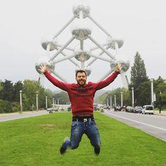 Ατομική και θετική ενέργεια στο #atomium! #happytraveller #brussels #belgium