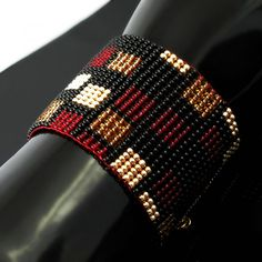 Wide, bold, slinky and feeling so good worn . this cuff was made on a bead… Loom Bracelet Patterns, Bead Loom Bracelets, Bead Loom Patterns, Peyote Patterns, Beading Patterns, Seed Bead Jewelry, Bead Jewellery, Beaded Jewelry, Seed Beads