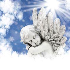 L´ange gardien a pour mission de vous accompagner tout au long de votre vie. Communiquer avec votre ange gardien en lui adressant toutes vos prières quotidiennes.