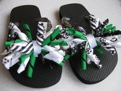 Party Favor soccer flip flops, if there were any girls coming. but of course there are not. Birthday Party For Teens, Birthday Favors, Girl Birthday, Soccer Gear, Soccer Boots, Soccer Crafts, Ribbon Flip Flops, Soccer Party, Soccer Theme