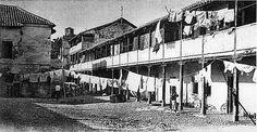 Imagen de la conocida como Casa de la Lona en el barrio del Albaicín. Fecha desconocida. Archivo de IDEAL Granada, Andalusia, Louvre, Building, Travel, Home, War, Vintage Postcards, Antique Photos