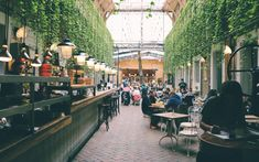 5 Top Restaurant Design Trends In 2019 – Bar Stools Furniture Visa Schengen, University Of Sheffield, Little Paris, Digital Coupons, Top Restaurants, Digital Nomad, Best Wordpress Themes, Delft, Restaurant Design