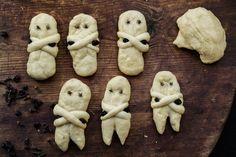 Πασχαλινά Λαζαράκια Γλυκά Συνταγή Stuffed Mushrooms, Cookies, Vegetables, Desserts, Food, Stuff Mushrooms, Biscuits, Deserts, Veggies