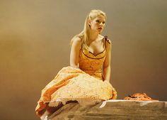 "Beautiful shot of Kelli O'Hara in ""The Light In the Piazza"". Broadway Theatre, Musical Theatre, Jason Robert Brown, Kelli O'hara, Matthew Morrison, Johnny Depp Movies, Edward Scissorhands, Theatre Nerds, Sweeney Todd"