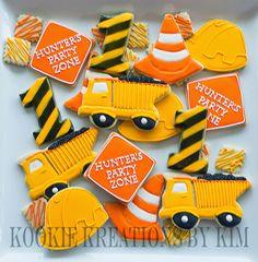 Construction cookies - Kookie Kreations by Kim Construction Cupcakes, Construction Party Decorations, Construction Birthday Parties, 4th Birthday Parties, 3rd Birthday, Lego Construction, Birthday Ideas, Birthday Cake Cookies, Macarons
