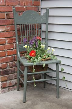 use any old chairs as planters. what a cool idea!
