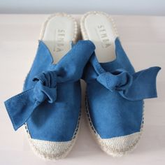Sanaa mule with bow indian blue Suede Leather, Soft Leather, African Name, Indian Blue, Mule Sandals, Cool Names, Espadrilles, Passion, Italy