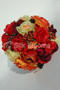 Stunning Autumn Berry Bridal Bouquet with Ranunculus and Roses Stunning Autumn Berry Bridal Bouquet with Ranunculus and Roses [Lori - Bride] - £89.99 : Silk Blooms UK