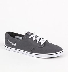 kinda cute ! casual nikes. Just Style 88a4202fb