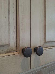 cream cabinet with glaze the magic brush inc jennifer allwood decorative painter