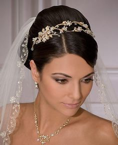 Wedding, headpiece, necklace and vail