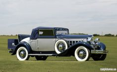 1932 Reo Royale Convertible Coupe.