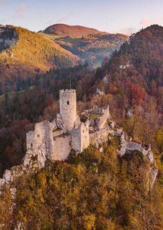 Burg Neu Falkenstein 🇨🇭