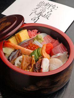 Edo-style sushi and seasonal dishes //Manbo