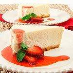 Classic Cheesecake - Recipes - Best Recipes Ever - Its easy to whip together Canadian Livings favourite cheesecake recipe. But be warned - this cheesecake recipe is addictive! Kosher Recipes, Baking Recipes, Kosher Food, Cheesecake Recipes, Dessert Recipes, Homemade Cheesecake, Strawberry Swirl Cheesecake, Strawberry Sauce, Good Food