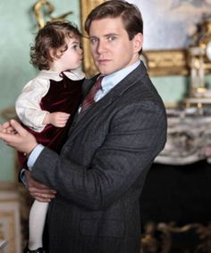 It's Official: Downton Abbey Season 4 Is Going To Be REALLY Good . Daddy Tom & Sibbie